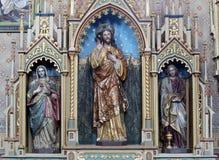 Altar des heiligen Herzens von Jesus in der Kirche von St Matthew in Stitar, Kroatien Lizenzfreies Stockfoto