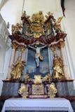 Altar des heiligen Kreuzes, Kirche in Lepoglava, Kroatien Stockfotografie