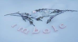 Altar do inverno para o Sabat de Imbolc foto de stock