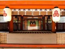 Altar do santuário de Itsukushima, Miyajima fotos de stock