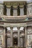 Altar em San Francesco di Paola imagens de stock