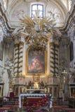 Altar en iglesia Imágenes de archivo libres de regalías