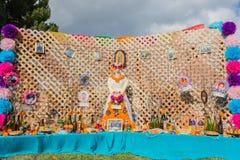 Altar en la exhibición en el décimo quinto día anual del festival muerto Fotos de archivo