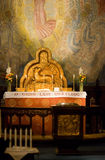 Altar en una iglesia fotografía de archivo