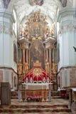 Altar ist in der Kathedrale des Heiligen Peter Lizenzfreies Stockbild