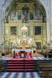 Altar maggiore, centro del presbyterate, tabernacolo confinato Immagini Stock Libere da Diritti