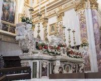 Altar maggiore di marmo bianco della cattedrale di Matera Fotografia Stock Libera da Diritti