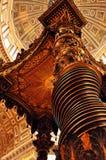 Altar magnífico, basílica de San Pedro imagen de archivo libre de regalías