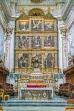 Altar principal en el Duomo de San Jorge en pizcas, ejemplo fino del arte barroco siciliano Sicilia, Italia meridional imágenes de archivo libres de regalías