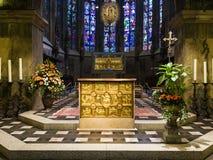 Altar und Karl- der Große` s Schrein in Aachen Dom Lizenzfreie Stockfotografie