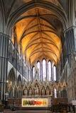 Altar y presbiterio de la catedral de Worcester, Inglaterra, Reino Unido foto de archivo libre de regalías