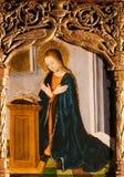 Altarbild von St. Nicolas in Monaco-Kathedrale - Mutter Mary Prayi stockfotografie