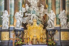 Altare in basilica - santuario di Jasna Gora, Czestochowa, Polonia. Fotografie Stock