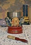 Altare buddista Bell dell'annata Immagini Stock Libere da Diritti