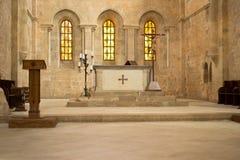 Altare in chiesa Fotografia Stock Libera da Diritti