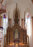 Altare in chiesa cattolica Fotografia Stock
