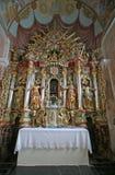 Altare in chiesa della nostra signora di neve in Kamensko, Croazia Immagine Stock
