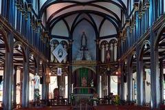Altare in chiesa di legno Fotografia Stock Libera da Diritti