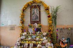 Altare d'offerta tradizionale Fotografia Stock Libera da Diritti