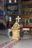 Altare decorativo con un'icona nella cattedrale della trinità santa Città di Sibiu in Romania Fotografie Stock