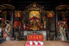 Altare decorato a Pak Tai Temple in Hong Kong Immagini Stock