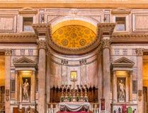 Altare del panteon a Roma Italia Immagini Stock