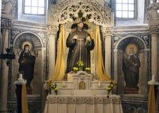 Altare del san, ` Alessandria, Galatina, Italia di Santa Caterina d dei Di della basilica Immagini Stock