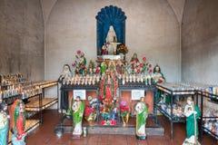 Altare della cappella di San Xavier Del Bac Mission, Tucson Arizona Fotografie Stock