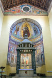 Altare della chiesa antica della basilica del Saba di San a Roma Fotografia Stock