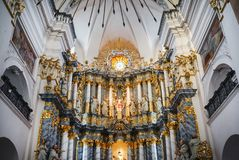 Altare della chiesa cattolica Fotografie Stock Libere da Diritti