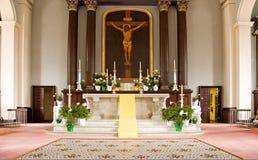 Altare della chiesa cattolica Fotografia Stock