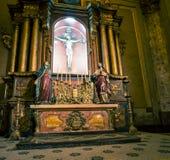 Altare della chiesa cattolica Fotografia Stock Libera da Diritti