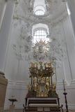 Altare della chiesa collegiale a Salisburgo, Austria Fotografie Stock