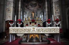 Altare della chiesa di St Peter l'apostolo a Mantova Fotografie Stock Libere da Diritti