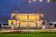 Altare della patria alla notte, Roma, Italia Fotografie Stock Libere da Diritti