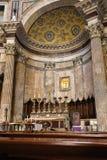Altare dentro la costruzione del panteon a Roma, Italia Fotografie Stock Libere da Diritti