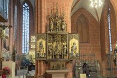Altare dentro la cupola famosa a Francoforte Fotografie Stock