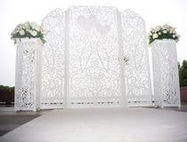 Altare di bianco di nozze Immagini Stock Libere da Diritti