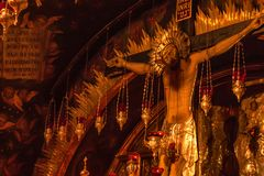 Altare di crocifissione alla chiesa del sepolcro santo Immagini Stock Libere da Diritti