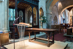 Altare di legno della chiesa di Burford Fotografia Stock