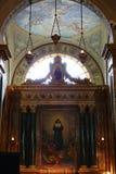 Altare di Santa Maria Mazzarello in basilica di Maria Ausiliatrice, Torino, Italia Fotografia Stock
