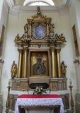 Altare di vecchia chiesa cattolica a Varsavia Fotografia Stock Libera da Diritti