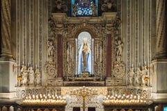 Altare di vergine Maria con il bambino Gesù Immagini Stock Libere da Diritti