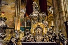Altare di Vitus Cathedral del san Immagini Stock Libere da Diritti