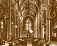 Altare di York Minster con il tono ad ovest di seppia della finestra Immagine Stock Libera da Diritti