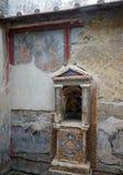 Altare domestico a Ercolano immagini stock libere da diritti