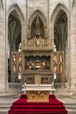 Altare dorato in chiesa Fotografia Stock Libera da Diritti