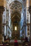 Altare in Duomo di Cefalu in Sicilia Immagine Stock