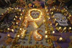 Altare e candele Immagini Stock