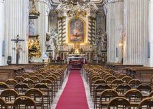 Altare i kyrka Fotografering för Bildbyråer